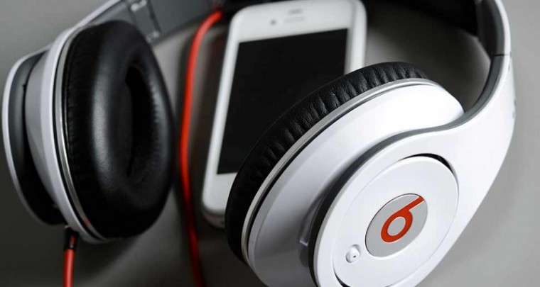 Monster CEO Claims Beats Electronics' CEO Duped Him