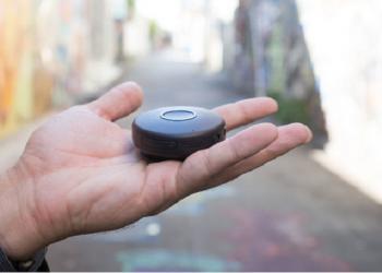 Onyx – a Walk-Talkie like Clip on Communication Device