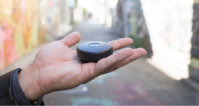Onyx – a Walk-Talkie like Clip on Communication Device