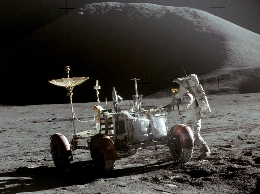 UK-Based Team Successfully Crowdfunds Lunar Mission Moon