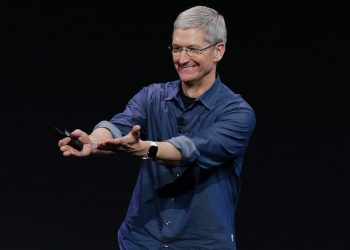 Apple CEO Tim Cook is Shaping Up The Upcoming iPhone 7 To Be The Best