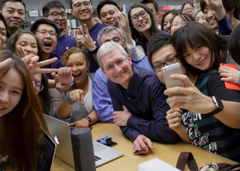 Investments in China and India Might Play a Major Role in Apple's Comeback