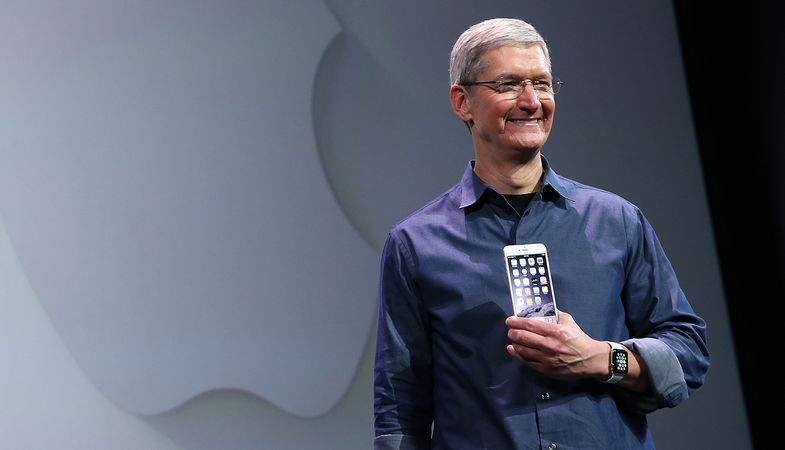 Tim Cook Visiting China May Solve Major Apple Crisis That It Has Landed In