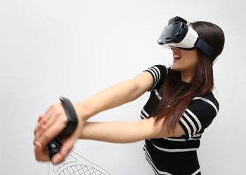 Top 3 Upcoming VR Headsets To Look Out For in 2016