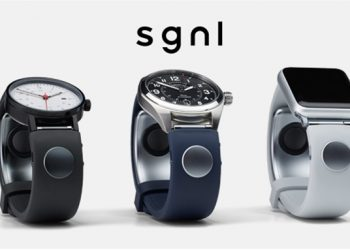 Call By Touching Your Fingertip To Your Ear With The Sgnl Smart Strap