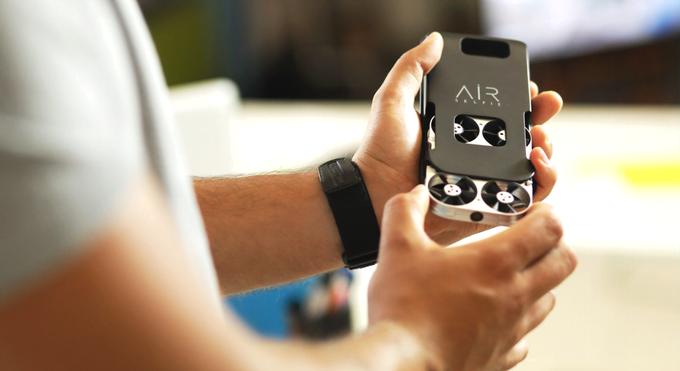 Airselfie to Replace Selfie Sticks