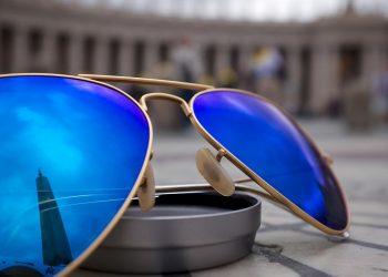 Dior's Frame-Maker Ventures Into Smart Glasses