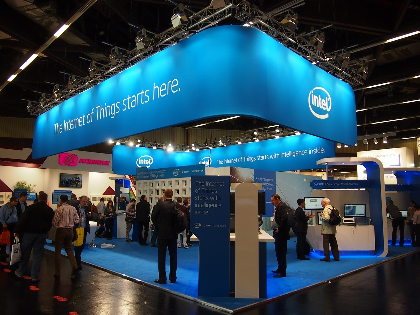 Showcase of Cannon Lake Processor Inaugurates the Intel Conference at CES 2017