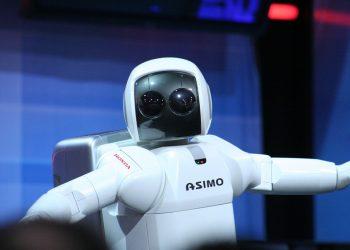 European Parliament Insists on Granting Robots' Legal Status