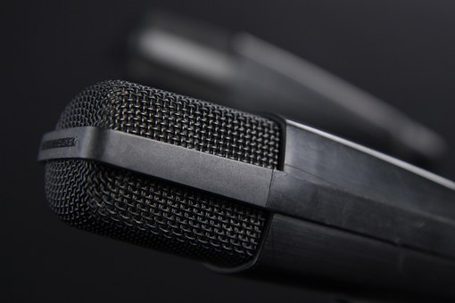 BabelOn is an off-shot voice translation tech the industry needs