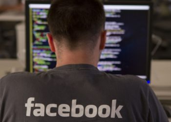 Facebook Aims for Group Video Chat - Plans to Clone Houseparty