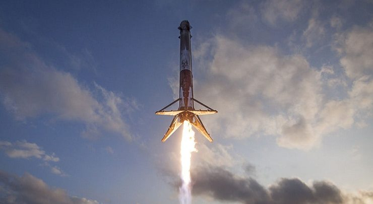 Latest SpaceX moon mission to be a stopover on the way to Mars