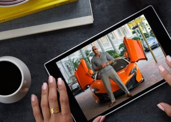 Amazon Fire HD 10 Review: Go Big, Go Handsfree!