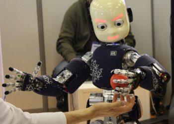 Autonomous indoor robots to make work easier in commercial spaces