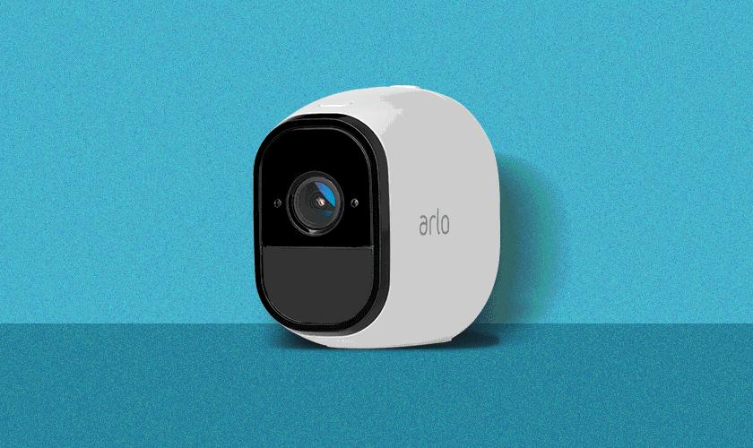 Arlo Smart Home Security (2) cameras