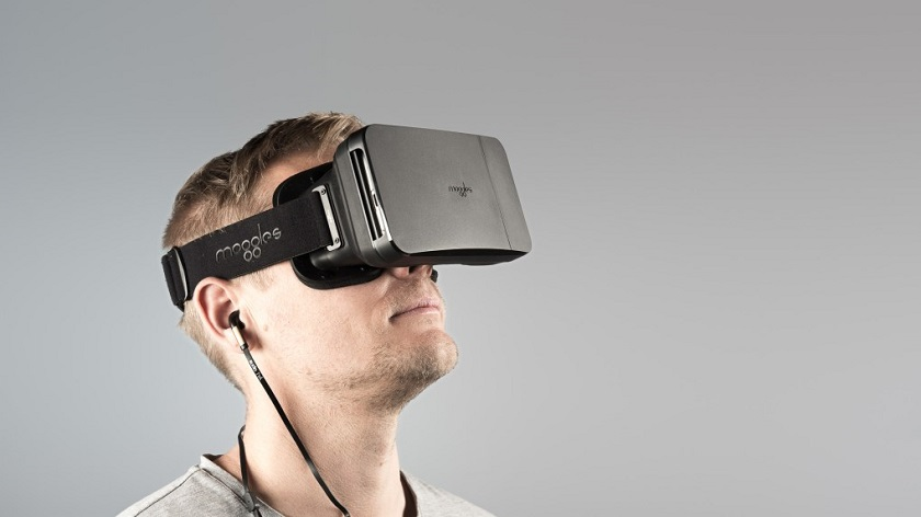 Moggles VR headset top AR 2018