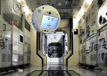 Robotic Astronaut CIMON Will Solve Rubik Cube on its First Space Expedition