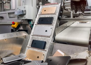 iPhone Sales Dips in India Despite New First-Half Sales Record