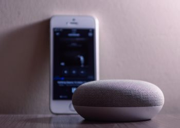 90% Smart Speaker Owners Use The Device To Stream Music