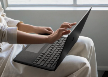 Microsoft Surface Laptop 2 Review: A Massive Performance Boost