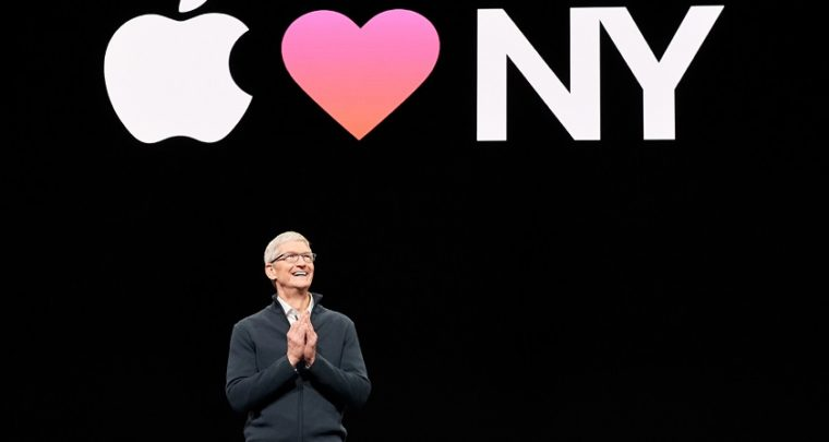 "Tim Cook: ""Tech regulations are inevitable to protect personal data"""