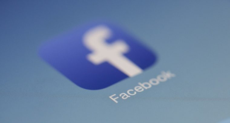 Facebook App is Undeletable from Android Smartphones, Outrage Ensues