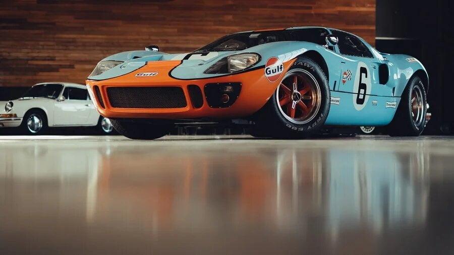 Le Mans Ford Vs Ferrari