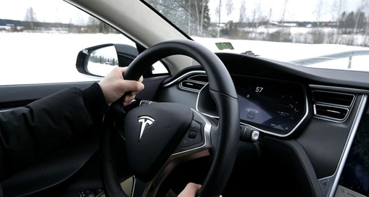 Tesla's new in-car racing game uses the car's steering wheel and brakes