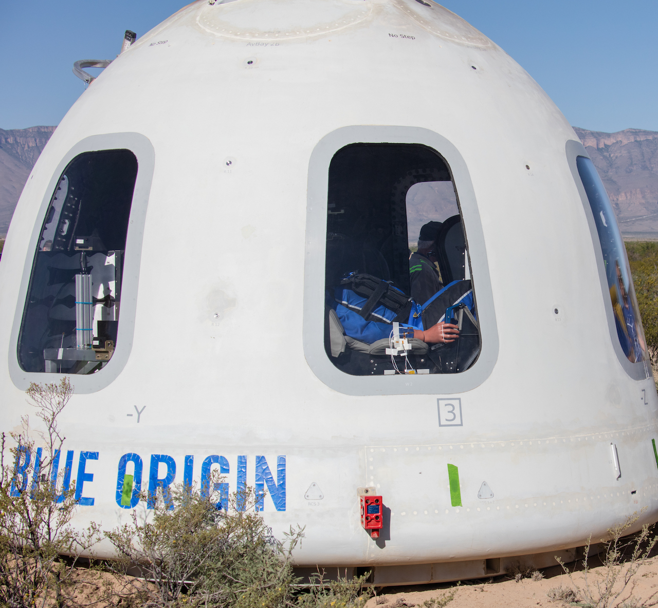 blueorigin_newshepard_ns11_crewcapsule_web