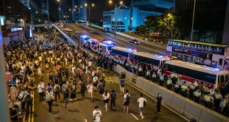 Hong Kong Protesters use Laser to Dodge Facial Recognition Cameras